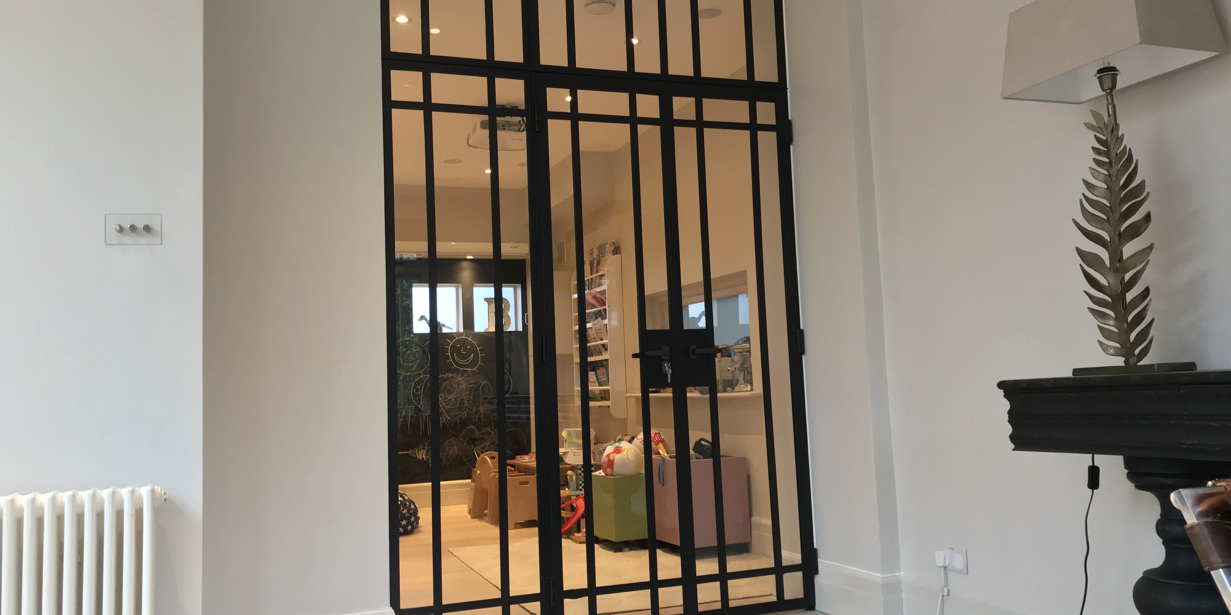 Design Plus London Steel Window and door crittall style 4